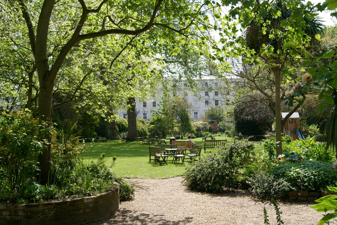 London's W2 boasts Hyde Park, but it also has many attractive garden squares, including Porchester S