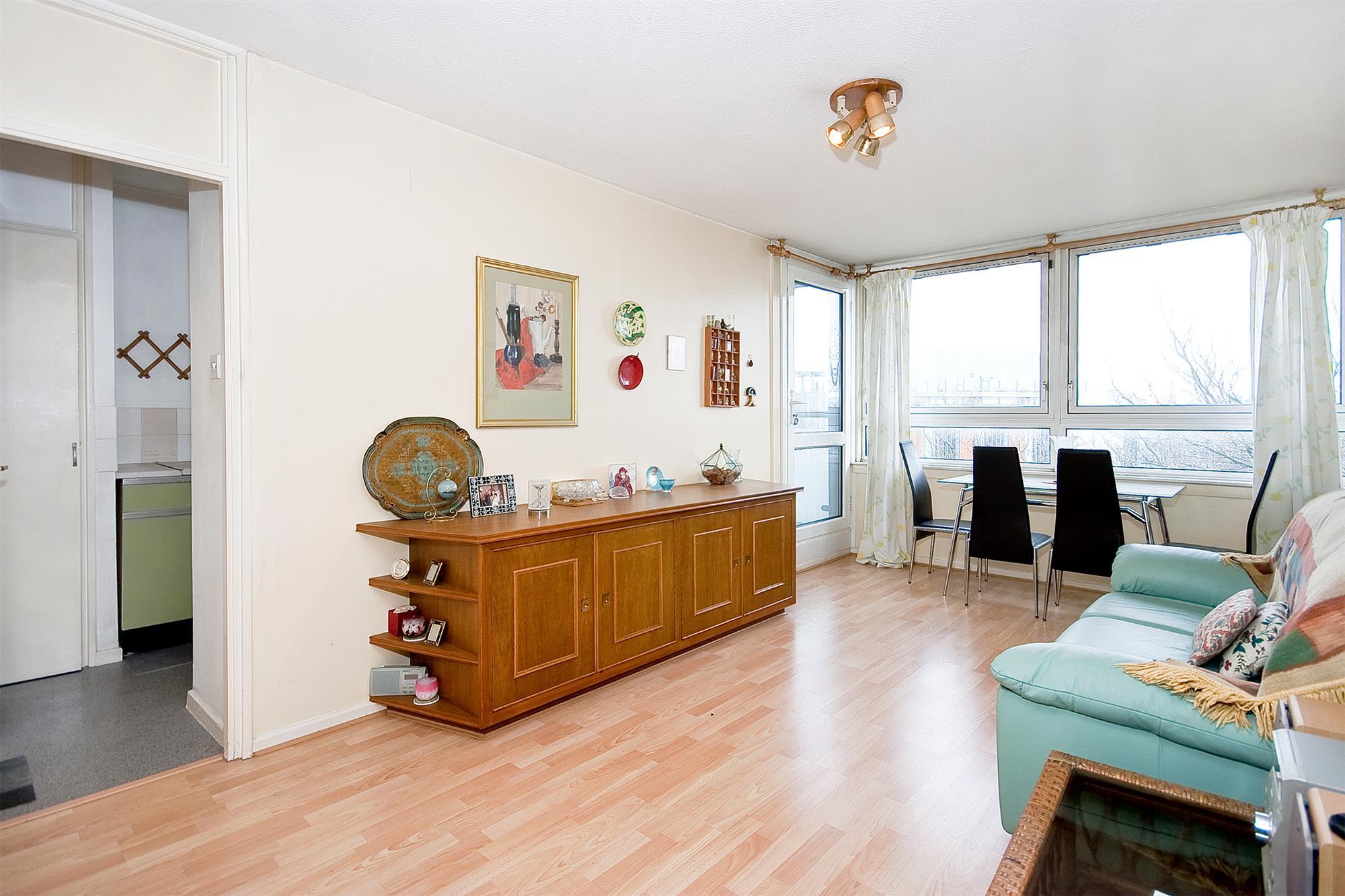 properties for sale 1 bedroom Apartment BRINKLOW HOUSE ...