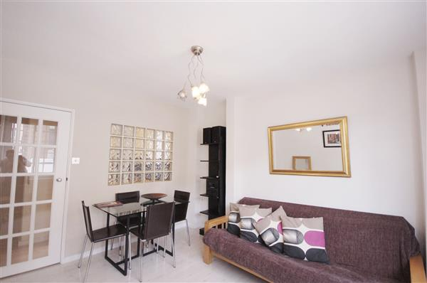 properties for sale 1 bedroom Apartment CHELSEA CLOISTERS, CHELSEA, SW3