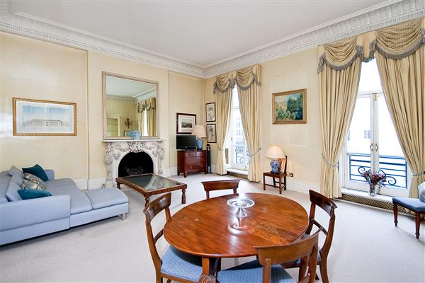 properties for sale 1 bedroom Apartment CHESHAM PLACE, BELGRAVIA, SW1