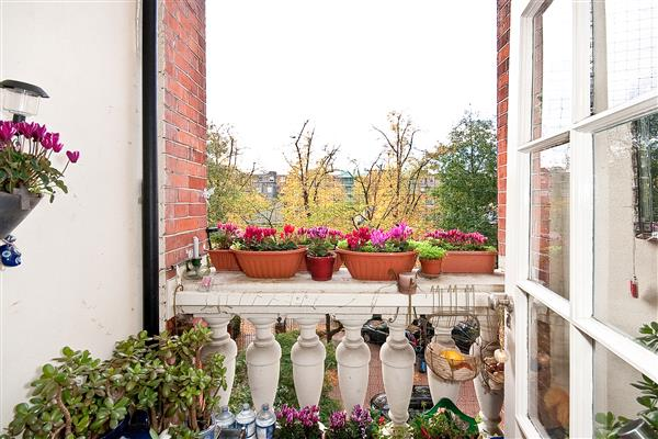 properties for sale 1 bedroom Apartment CLIVE COURT, MAIDA VALE, W9