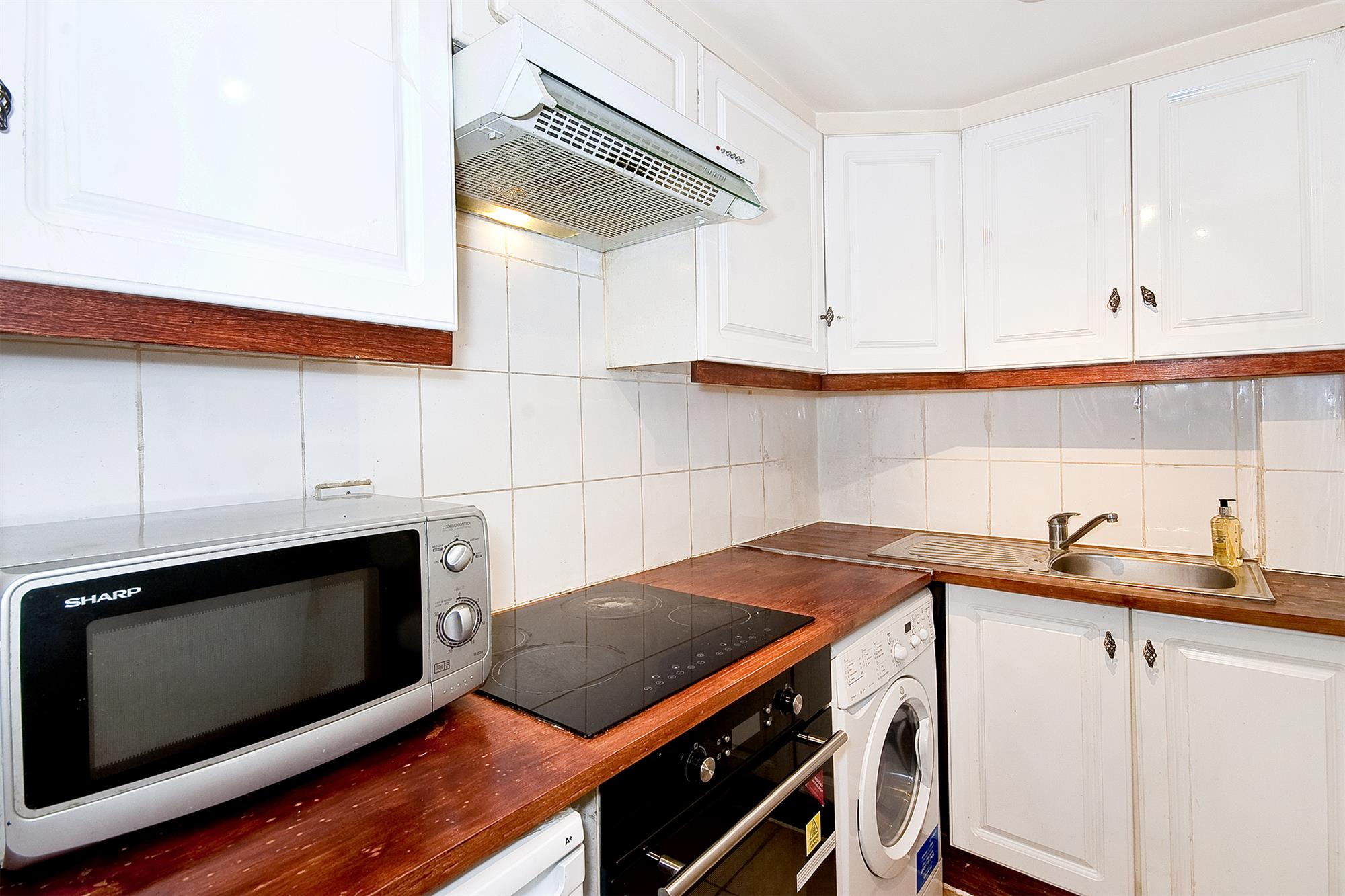 properties for sale 1 bedroom apartment park west edgware. Black Bedroom Furniture Sets. Home Design Ideas