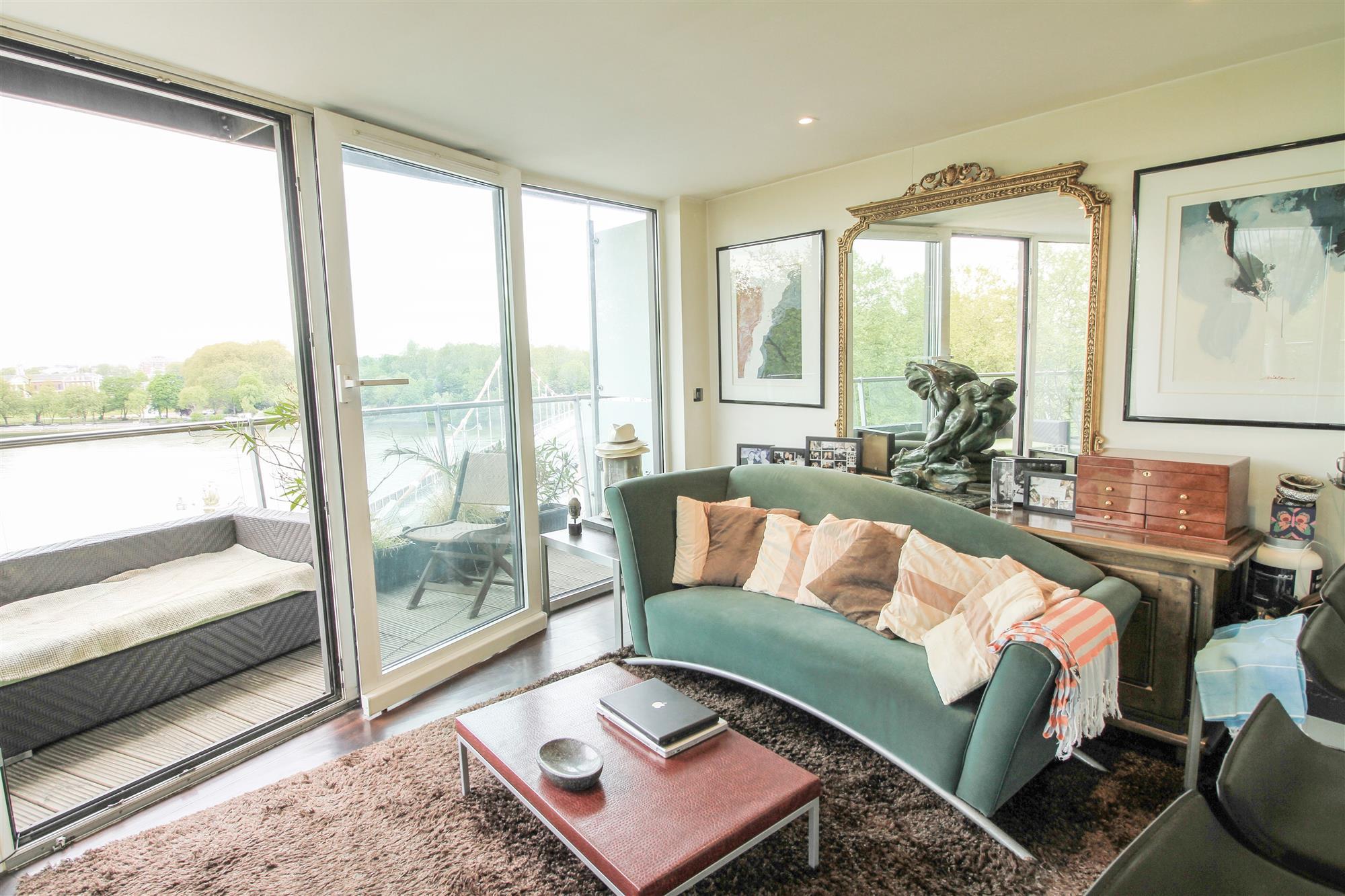 properties for sale 2 bedroom Apartment CHELSEA BRIDGE ...