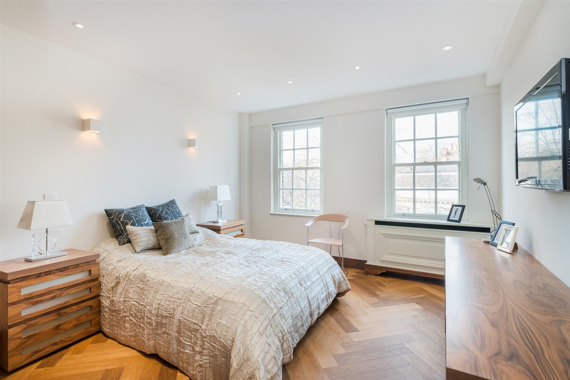properties for sale 2 bedroom Apartment FULHAM ROAD ...