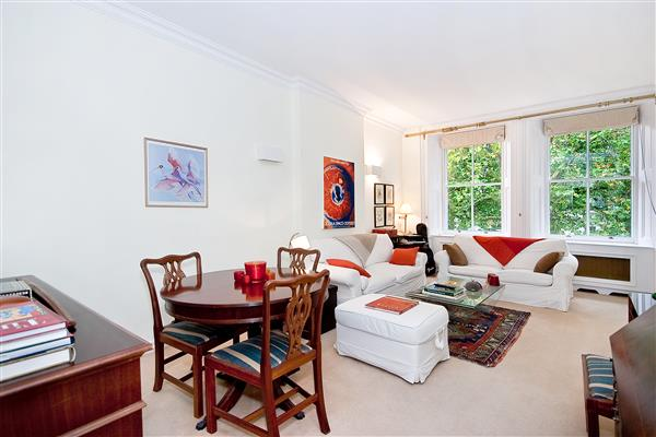 properties for sale 2 bedroom Apartment RUTLAND GATE, SOUTH KENSINGTON, SW7