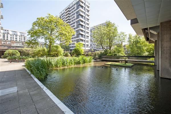 THE WATER GARDENS, HYDE PARK, W2