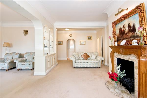 properties for sale 3 bedroom Apartment ALBION GATE, HYDE PARK, W2