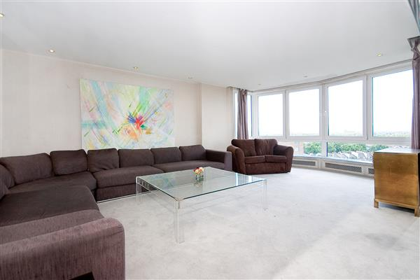 properties for sale 3 bedroom Apartment RAYNHAM, HYDE PARK, W2