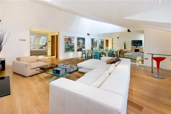 properties for sale 3 bedroom Apartment RUTLAND GATE, KNIGHTSBRIDGE, SW7