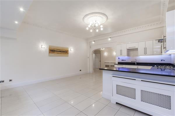 properties for sale 3 bedroom Apartment SOUTHWICK STREET, HYDE PARK, W2
