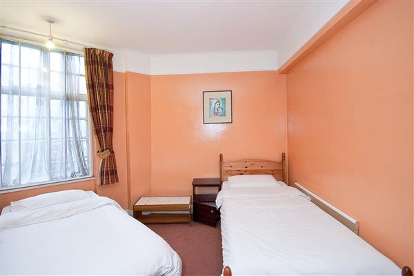 Properties for sale 3 bedroom apartment stourcliffe close london w1 plaza estates for Three bedroom apartments london