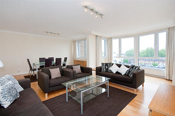 properties for sale 4 bedroom Apartment CASTLEACRE, HYDE PARK CRESCENT