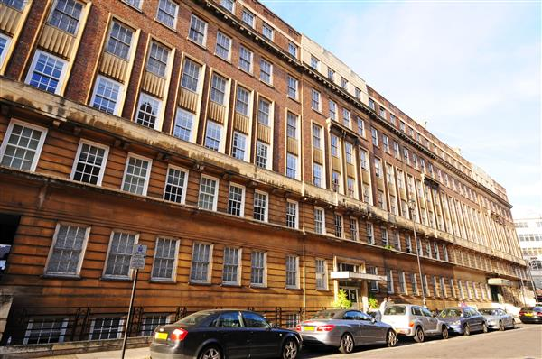 properties for sale 4 bedroom Apartment LANCHESTER COURT, MARBLE ARCH, W2