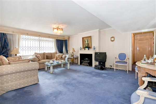 properties for sale 4 bedroom Apartment SUSSEX SQUARE, HYDE PARK, W2