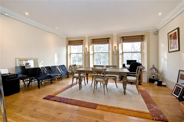 properties for sale 5 bedroom House KENSINGTON SQUARE, KENSINGTON, W8