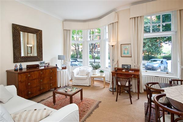 properties to rent 1 bedroom Apartment EMBANKMENT GARDENS, CHELSEA, SW3