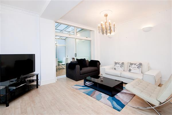properties to rent 1 bedroom Apartment PRINCES GATE, KNIGHTSBRIDGE, SW7