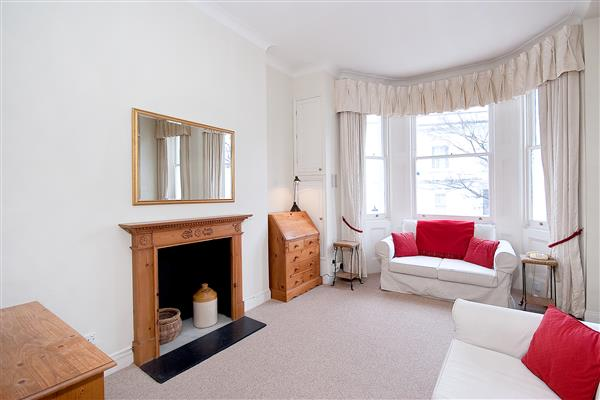properties to rent 1 bedroom Apartment STRATFORD ROAD, KENSINGTON,  W8