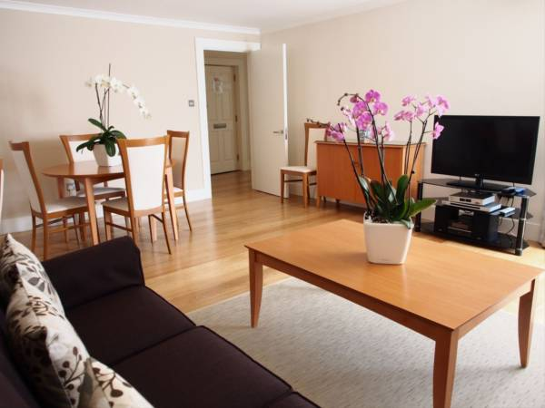 properties to rent 1 bedroom Serviced Apartment KENSINGTON HIGH STREET, KENSINGTON, W8