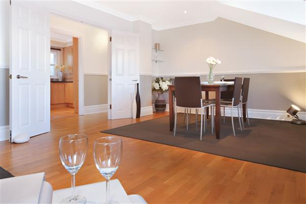 properties to rent 2 bedroom Apartment BAKER STREET, MARYLEBONE, W1
