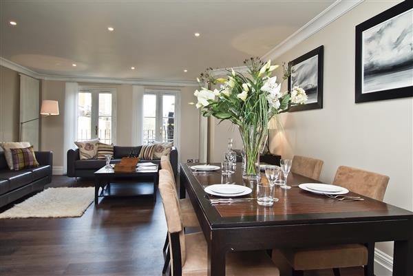 properties to rent 2 bedroom Apartment BEAUCHAMP PLACE, KNIGHTSBRIDGE, SW3