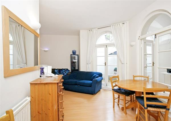 properties to rent 2 bedroom Apartment CORNWALL GARDENS, LONDON, SW7