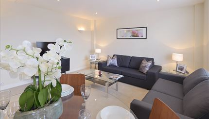 properties to rent 2 bedroom Apartment HILL STREET, MAYFAIR, W1