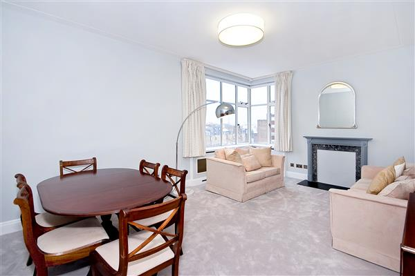 properties to rent 2 bedroom Apartment LOWNDES SQUARE, KNIGHTSBRIDGE, SW1