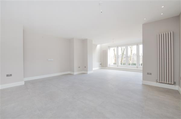 properties to rent 2 bedroom Apartment LYNDHURST ROAD, HAMPSTEAD, NW3