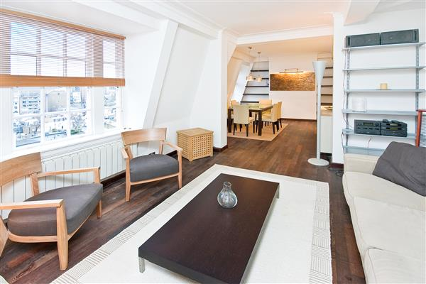 properties to rent 2 bedroom Apartment OVINGTON GARDENS, KNIGHTSBRIDGE, SW3