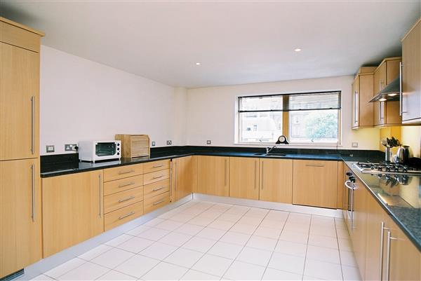properties to rent 2 bedroom Apartment RICHBOURNE COURT, HARROWBY STREET, W1.