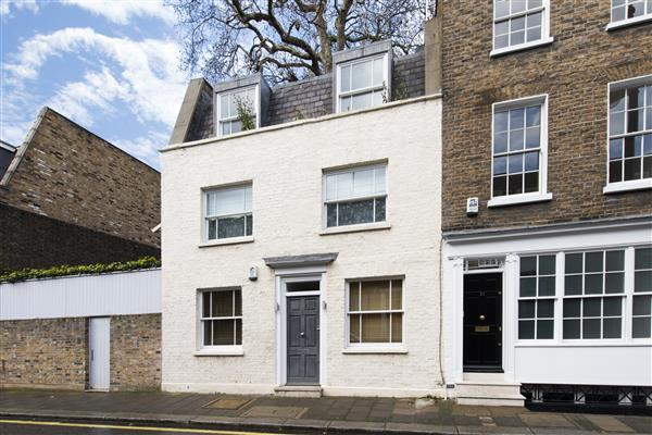 properties to rent 2 bedroom House LITTLE CHESTER STREET, LONDON, SW1.