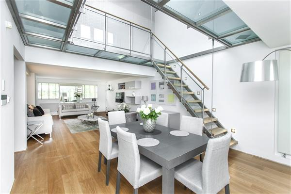 properties to rent 2 bedroom Maisonette RUTLAND GATE, KNIGHTSBRIDGE, SW7