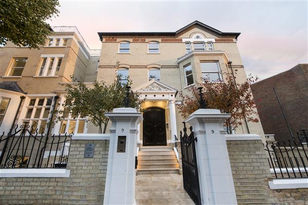 properties to rent 3 bedroom Apartment ARKWRIGHT ROAD, HAMPSTEAD, NW3