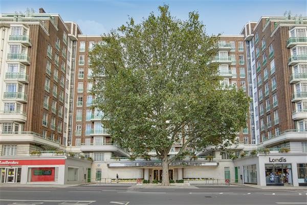 properties to rent 3 bedroom Apartment DORSET HOUSE, MARYLEBONE, NW1