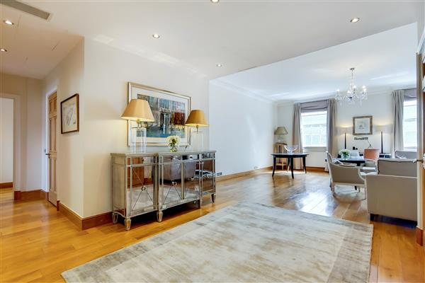 properties to rent 3 bedroom Apartment GROSVENOR SQUARE, MAYFAIR, W1