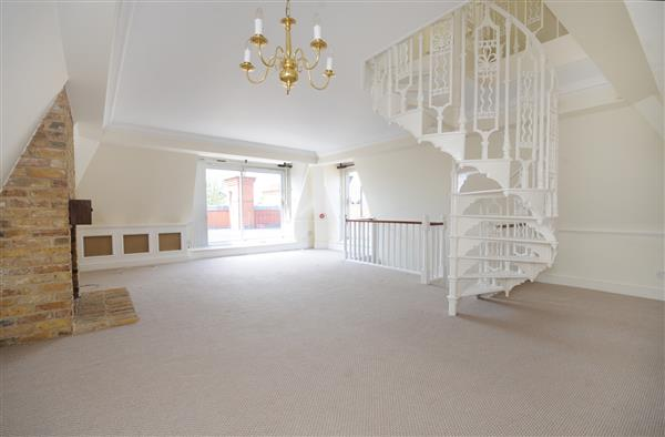 properties to rent 3 bedroom Apartment HAMPSTEAD HEIGHTS, HAMPSTEAD, NW3