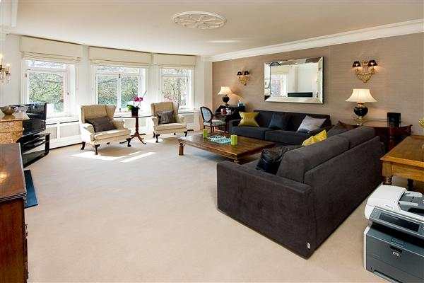 properties to rent 3 bedroom Apartment HANS PLACE, KNIGHTSBRIDGE, SW1