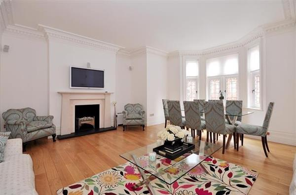 properties to rent 3 bedroom Apartment KENSINGTON COURT, KENSINGTON, W8