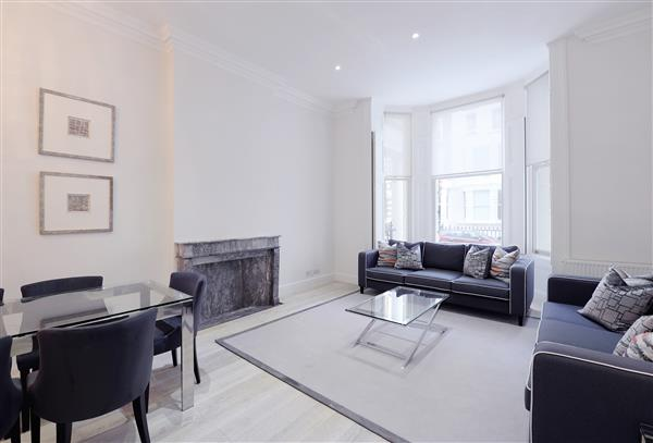 properties to rent 3 bedroom Apartment LEXHAM GARDENS, KENSINGTON, W8