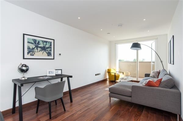 properties to rent 3 bedroom Apartment MAYGROVE ROAD, WEST HAMPSTEAD, NW6
