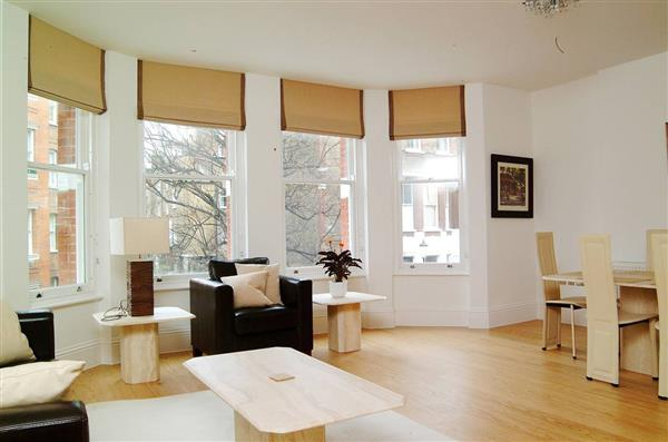 properties to rent 3 bedroom Apartment NEVERN SQUARE, EARLS COURT, SW5