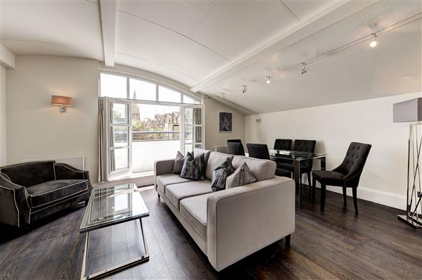 properties to rent 3 bedroom Apartment PARK WALK, CHELSEA, SW10