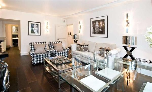properties to rent 3 bedroom Apartment RUTLAND GARDENS,KNIGHTSBRIDGE, SW7.