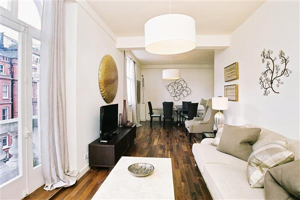 properties to rent 3 bedroom Apartment THURLOE PLACE, KNIGHTSBRIDGE, SW7