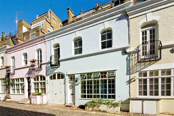 properties to rent 3 bedroom House ENNISMORE GARDENS MEWS, KNIGHTSBRIDGE, SW7