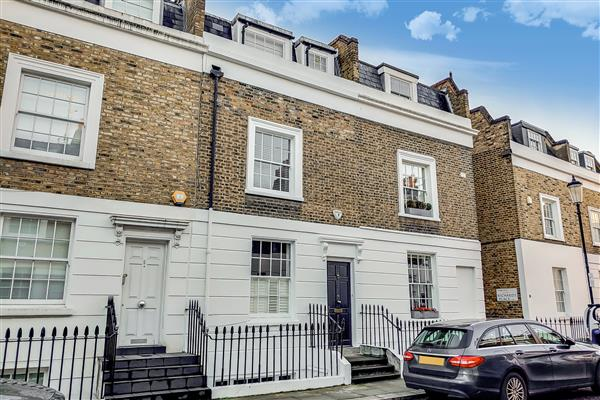 properties to rent 3 bedroom House FIRST STREET, CHELSEA, SW3