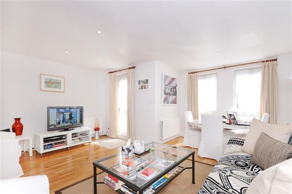 properties to rent 3 bedroom House MARLBOROUGH STREET, CHELSEA, SW3