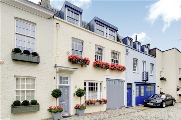 properties to rent 3 bedroom House WILTON ROW, BELGRAVIA, SW1X