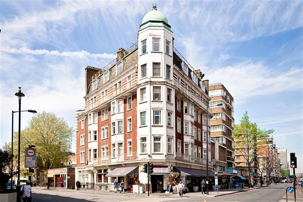 properties to rent 4 bedroom Apartment CONNAUGHT COURT, HYDE PARK, W2